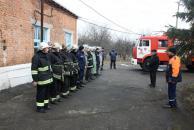 Сьогодні на Старому місті рятувальники ліквідовували умовну пожежу на хімічно-небезпечному підприємстві