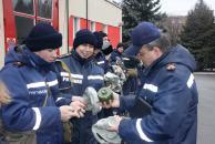 """Вінницьких рятувальників сьогодні """"підняли"""" по навчальній тривозі"""