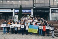 Молодь Вінниці влаштувала акцію «З Надією в серці» в підтримку Надії Савченко