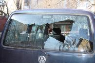 На вул. Антоновича невідомі кинули в автомобіль гранату, ще одну прив'язали до дверей квартири