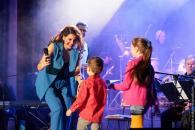 Яскрава та талановита вінницька зірка – співачка Ольга Мельник