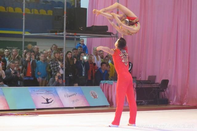 піся гімнастки фото