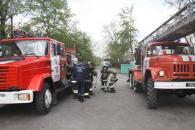 В Гайсині МНСники рятували з умовної пожежі учнів та персонал ліцею