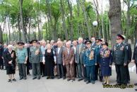 Вінницькі правоохоронці привітали ветеранів війни та вшанували пам'ять загиблих колег