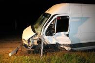 """На Вінниччині п'яний водій на мікроавтобусі влетів у """"ВАЗ"""" із прикордонниками. 22-річний водій ВАЗу загинув"""