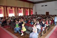 Сьогодні дітям-сиротам вручили солодощі та матеріальну допомогу до Дня захисту дітей