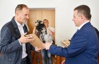 У міській раді відзначили людей, які активно допомагали у проведенні Дня Європи у Вінниці