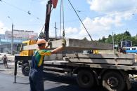Закладено першу плиту під нові трамвайні колії в рамках реконструкції площі Гагаріна