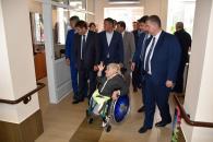 Прем'єр-міністр України Володимир Гройсман ознайомився з роботою міського центру «Гармонія»