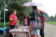 В парку Дружби народів діти вчились співати жестових пісень та брали участь у перегонах на візках