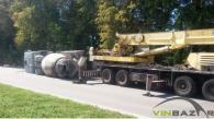 На Барському шосе перекинувся цементовоз