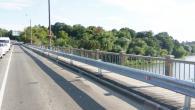 У Вінниці замінено дорожнє огородження Центрального мосту