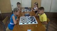 У Вінниці юнаки та дівчата, віком до 12 років, змагалися у грі в шахи