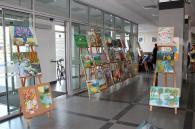 Вінничанам пропонують поринути у «Спогади про літо» на виставці дитячих картин