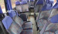 В Гайсинському районі пасажирський автобус врізався у військовий тягач. 11 чоловік у лікарні