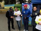На вихідних вінничани влаштували велопробіг, створювали еко-магніти та робили зарядку разом із поліцейськими