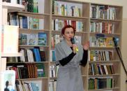 У Центральній міській бібліотеці люди зі слабким зором можуть читати книги шрифтом Брайля