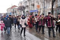 У Вінниці українські колядки та щедрівки лунали від майдану Незалежності до центрального парку