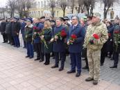 Фоторепортаж з покладання квітів з нагоди 73-ї річниці визволення Вінниці від загарбників