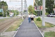 """Від """"Урожаю"""" до вул. Миколи Ващука будують велодоріжку"""