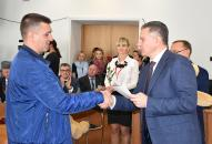 У День міста у Вінниці народилось 11 дітей,  їхнім батькам подарували коляски