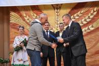 У Вінниці працівників обласної філармонії привітали з нагоди відзначення 80-річчям закладу