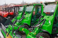 Цьогоріч парк дорожньої техніки Вінницького шляхового управління поповнився 24 одиницями новеньких спецмашин