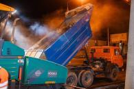 У Вінниці оновлюють дорожнє покриття по вулиці Батозькій: за ніч поклали понад 5 тис. кв. м. асфальтобетону