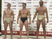 """Вінничани вибороли два """"срібла"""" на міжнародному турнірі з сумо у Лос-Анжелесі"""
