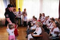 Вихованці реабілітаційного центру разом з поліцейськими влаштували свято вишиванки