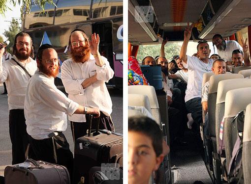В Винницу двумя чартерными рейсами прилетели 330 паломников - чтобы отпраздновать в Умани на могиле цадика Нахмана 5770-й иудейский Новый год