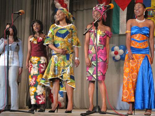Фестиваль інозмених студентів - Еквадор, Ангола, Камерун