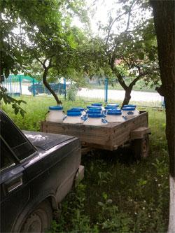 600 літрів забрудненого молока виявили правоохоронці у Гайсинському районі області