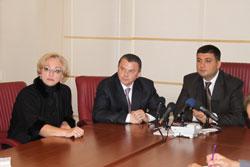 Володимир Гройсман із своєю командою піде на місцеві вибори від нейтральної партії
