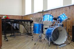 Дитячі музичні школи міста навчальний рік розпочали із новими музичними інструментами