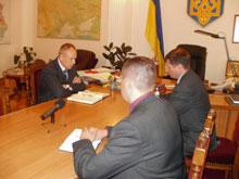 Голова облдержадміністрації доручив впорядкувати спортивні майданчики Вінницької області