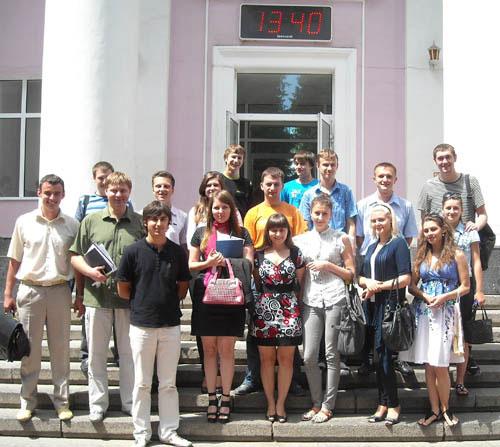 """Вінницькі студенти прагнуть """"гарвадської"""" якості вищої освіти та виступають за освітні реформи"""