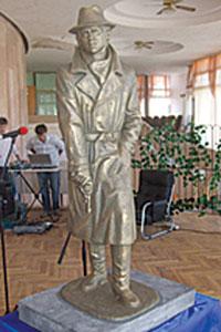 пам'ятник Жеглову