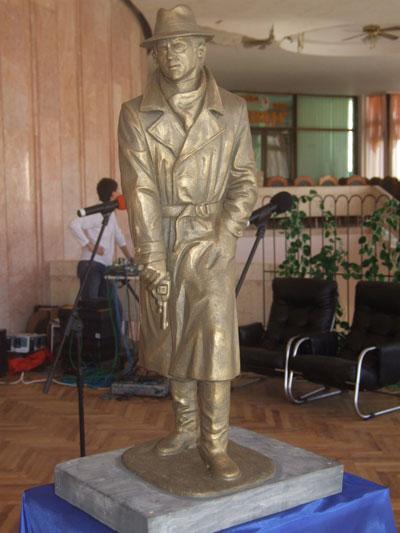 пам'ятник Глібу Жеглову