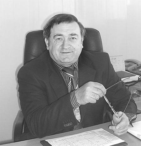 голова Тростянецької райдержадміністрації Михайло Каратнюк