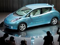 электромобиль Leaf Nissan