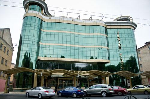 Торгово-развлекательный центр «FERIDE PLAZA»