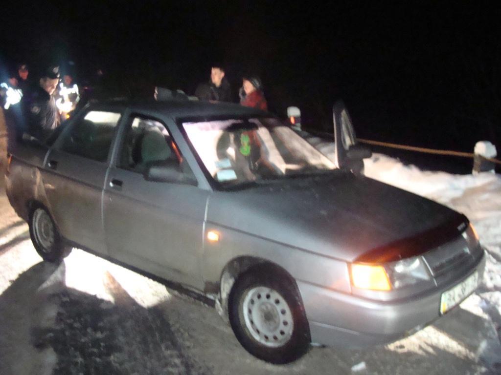 викрадений автомобіль зупинили інспектор з Вінниччини