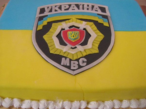 Торт для діток від працівників ДАІ