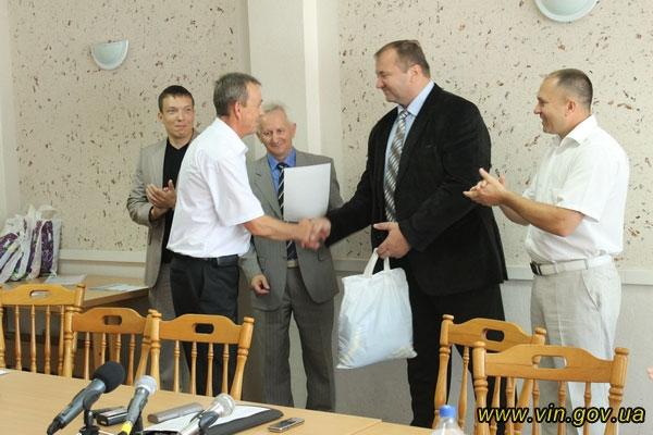 Вінницькі спортсмени – переможці Всеукраїнських змагань з греко-римської боротьби та баскетболу
