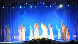 """У Вінниці відбувся концерт художньої самодіяльності """"Перлини року - 2013"""""""