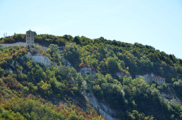 Лядівський чоловічий монастир