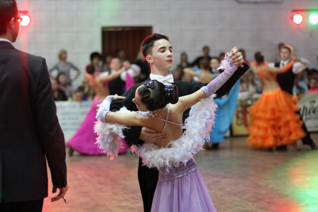 учасники Міжнародного турніру спортивно-бального танцю