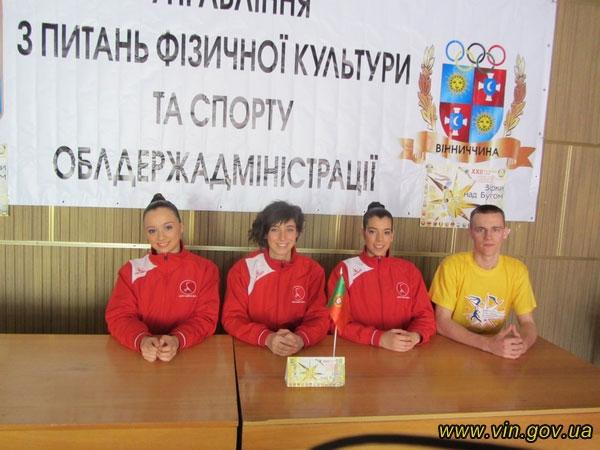 """учасники турніру зі спортивної акробатики """"Зірки над Бугом"""""""