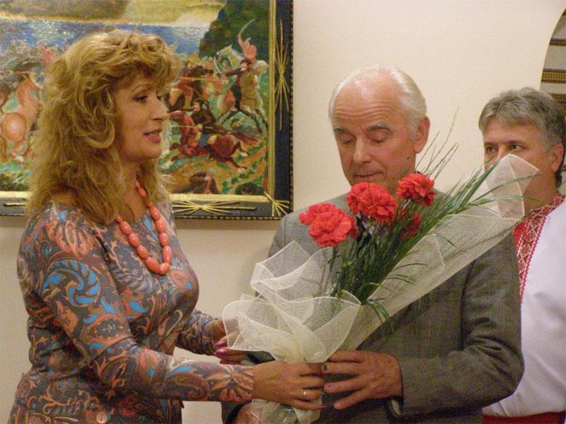 З відкриттям виставки привітали Василя Слободяника